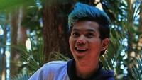 <p>Tegar juga sempat mencoba warna rambut baru, warna hijau! Bagaimana pendapat Bunda tentang warna rambut Tegar ini? (Foto: Instagram @tegar_official)</p>