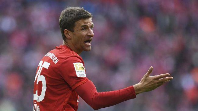 Sederet pemain bintang Bundesliga Jerman mendukung kampanye 'di rumah saja' untuk memutus rantai penyebaran virus corona.