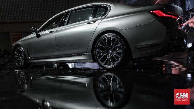 Peluncuran BMW seri 7 di Jakarta, Kamis, 10 Oktober 2019. BMW Group Indonesia meluncurkan BMW Seri 7 Long Wheelbase terbaru yang ditawarkan dalam dua variasi yaitu The New BMW 730Li Opulence dan The New BMW 730Li M Sport. CNN Indonesia/Bisma Septalisma