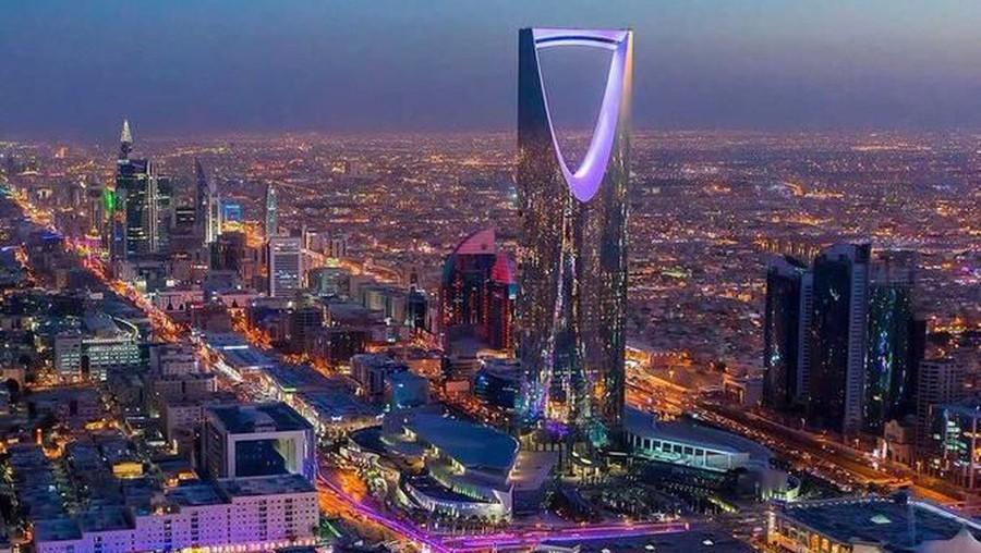 Sambut Konser BTS, Kota Riyadh Bertaburan Cahaya Ungu