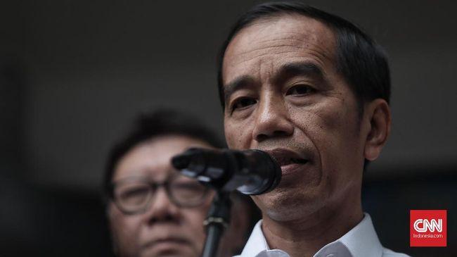 Presiden Jokowi meminta TNI-Polri tak remehkan setiap peristiwa kecil di daerah. Dia berkaca dari gejolak ketidakpuasan rakyat di Hong Kong, Chile, dan Bolivia.