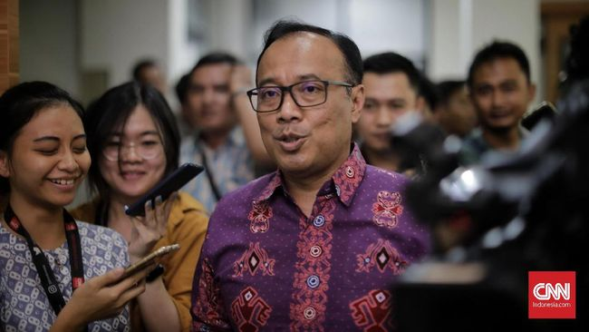 Polri mengamankan total 40 orang terduga teroris dari jaringan Jamaah Ansharut Daulah usai penusukan Menkopolhukam Wiranto.
