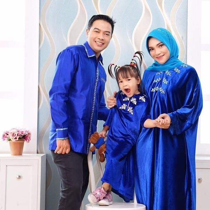 Hanum Salsabiela Rais menikah dengan Rangga Almahendra dan dikarunia satu anak perempuan, Sarahza. (Foto: Instagram @hanumrais)