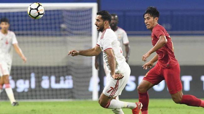 Pelatih Timnas Indonesia Simon McMenemy mengaku tidak bisa protes kepada pemain setelah kalah 0-5 dari Uni Emirat Arab pada laga Kualifikasi Piala Dunia 2022.