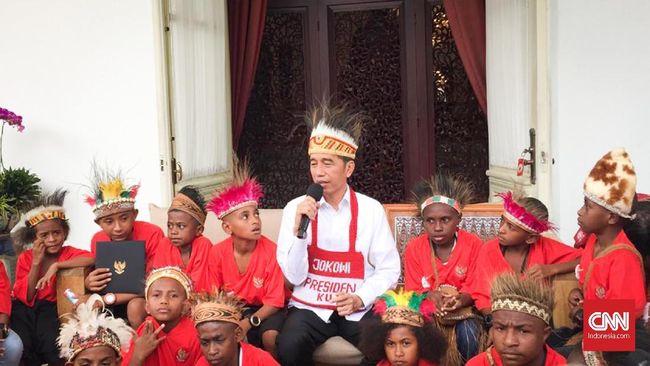 Dalam peringatan Hari Anak Nasional, Presiden Jokowi meminta anak-anak displin memakai masker serta berdoa agar pandemi segera berlalu.