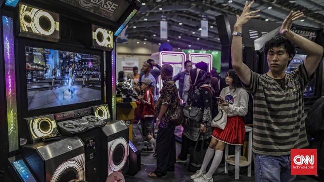 Pesta para penggemar komik, film, game dan mainan hadir pada acara Indonesia Comic Con 2019, di JCC, 12-13 Oktber 2019. Simak kemeriahannya.