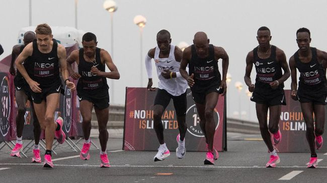Kipchoge, Manusia Pertama Finis Maraton di Bawah Dua Jam