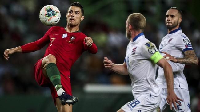 Cristiano Ronaldo mencetak gol ke-699 dalam kemenangan Portugal atas Luksemburg di kualifikasi Piala Eropa 2020.
