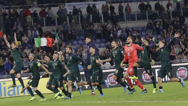 Timnas Italia memastikan diri lolos ke Piala Eropa 2020 usai menang 2-0 atas Yunani di Kualifikasi Piala Eropa, Minggu (13/10) dini hari WIB.