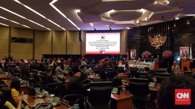 DPRD DKI Jakarta hari ini (21/10) menggelar rapat paripurna guna mengumumkan susunan pimpinan alat kelengkapan dewan (AKD).