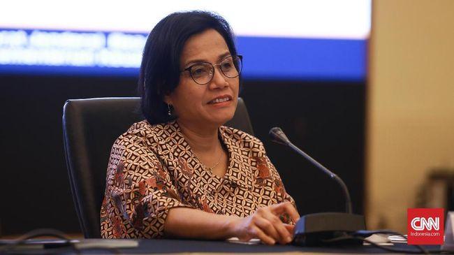 Menkeu Sri Mulyani menyebut Presiden Jokowi mempertimbangkan untuk memberikan penghargaan semacam gaji ke-13 untuk tenaga kesehatan.