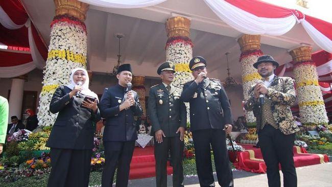 Gubernur Jatim Khofifah Indar Parawansa berpesan agar masyarakat terus merawat persatuan, persaudaraan, dan kerukunan.