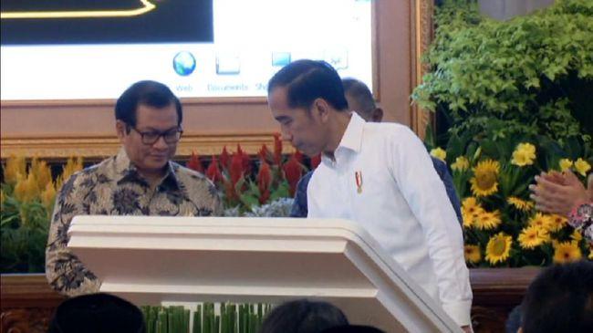 VIDEO: Jokowi Resmikan Program Palapa Ring