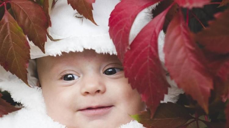 Nama bayi laki-laki berarti menawan bisa jadi ide baik dalam memilih nama buat si kecil.