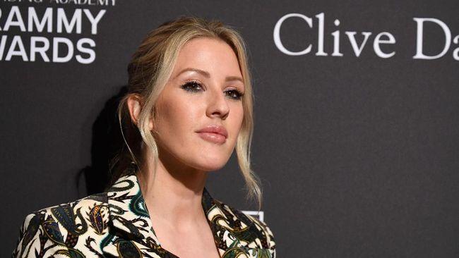 Ellie Goulding ikut kampanye kesadaran kesehatan mental dengan mengenang mendiang kakeknya dan perjuangannya melawan kecemasan.