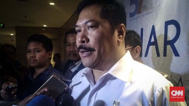 Mantan Jamintel Jan S Marinka disebut dua kali berkomunikasi dengan Djoko Tjandra dengan dalih operasi intelijen untuk memintanya pulang ke Indonesia.