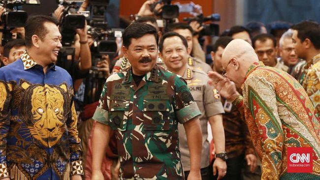 Panglima TNI Marsekal Hadi Tjahjanto menyebut Papua memiliki kerawanan konflik horizontal di Pilkada 2020.