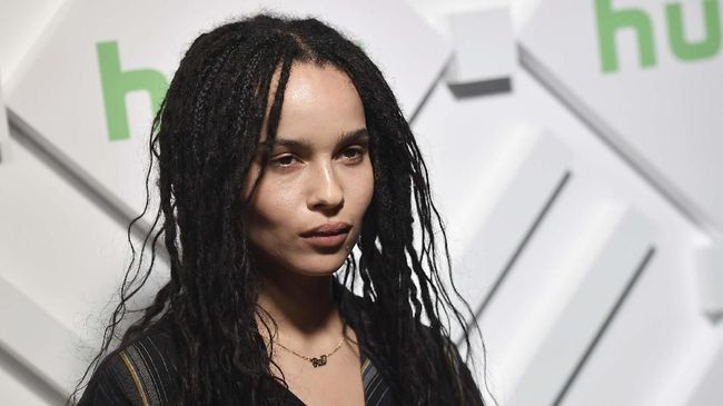 (FILES) In this file photo taken on May 1, 2019 Zoe Kravitz attends the 2019 Hulu annual Upfront Presentation at Scarpetta, in New York City. - US actress Zoe Kravitz will play Catwoman in the new