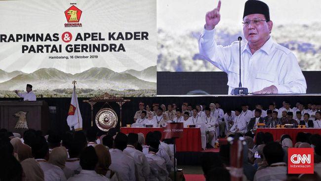 Ketua Umum Gerindra Prabowo Subianto berpidato dalam Rapimnas dan Apel Kader Partai Gerindra di Padepokan Garuda Yaksa, Bukit Hambalang, Bogor. (CNN Indonesia/ Adhi Wicaksono)