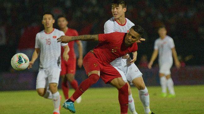 Timnas Indonesia semakin terpuruk di posisi juru kunci Grup G usai takluk dari Vietnam di babak kualifikasi Piala Dunia 2022.