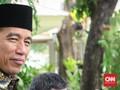 Jokowi Kaget Dengar Suara Kapolri Mirip Penyanyi Paul Anka