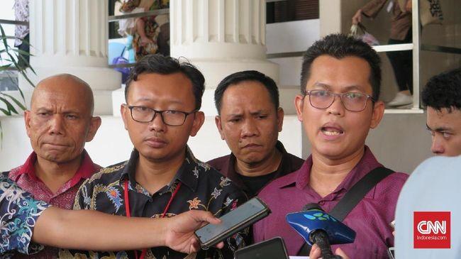 Anggota Tim Advokasi Novel Baswedan, Alghiffari Aqsa yakin ada aktor intelektual di balik dua tersangka yang merupakan anggota polisi tersebut.