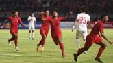 Timnas Indonesia U-19 tampil apik saat menghajar China 3-1 pada laga uji coba di Stadion Gelora Bung Tomo, Surabaya, Kamis (17/10).