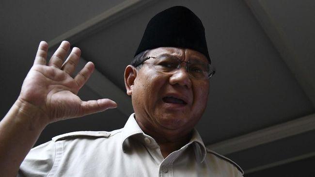 Prabowo Subianto akan bertemu dengan Dubes Arab Saudi. Kata Prabowo, tak menutup kemungkinan dalam pertemuan itu akan ada pembahasan tentang Rizieq.
