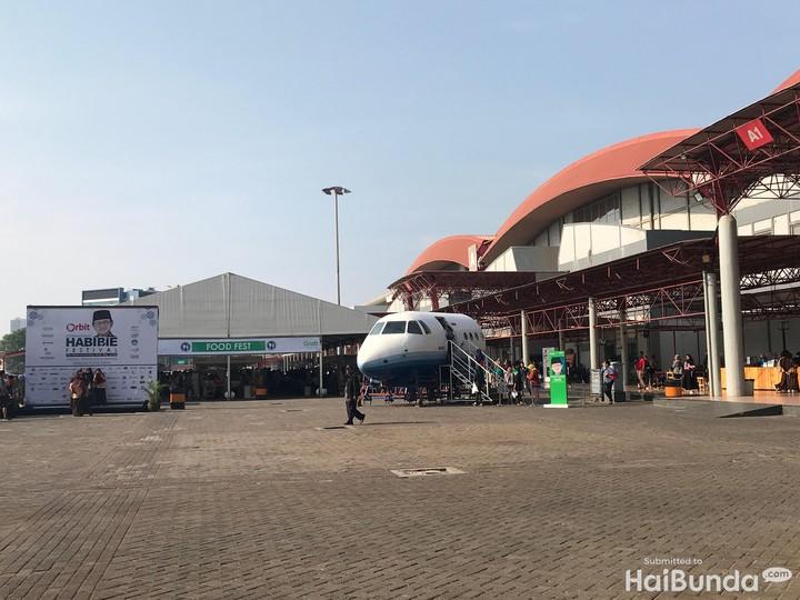 Ada beragam acara dan kegiatan seru di Habibie Festival di JIEXPO Kemayoran lho, Bun.