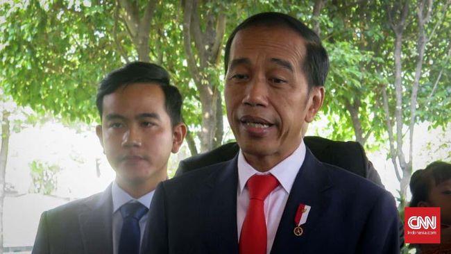 Jokowi tak menampik saat ditanya wartawan soal kemungkinan 16 menteri kabinet selanjutnya berasal dari parpol, dan akan diumumkan pada Senin pagi (21/10).