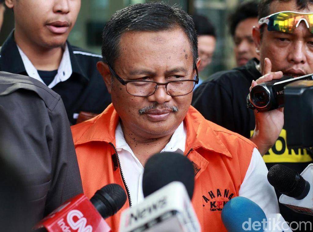 Pemeriksaan Perdana Bupati Nonaktif Indramayu Supendi