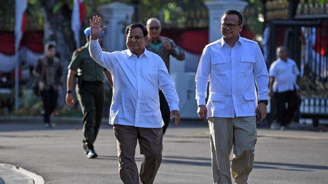 Setidaknya 12 orang dipanggil Jokowi ke Istana Kepresidenan untuk dimintai kesediaan masuk kabinet, satu disebutkan batal jadi pembantu menteri.