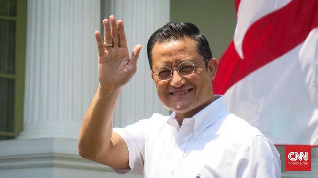 Warga penerima bansos corona meluapkan amarahnya dan mengutuk tindakan korup eks Mensos Juliari Peter Batubara di masa sulit pandemi corona.