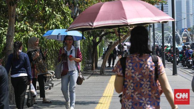 BMKG membeberkan catatan soal hooaks suhu panas di Indonesia yang sempat beredar lewat pesan instan.