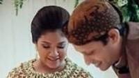 <p>Istri Nadiem Makarim, Franka Franklin. Franka juga sangat jarang menunjukkan dirinya di depan publik. Ternyata, istri menteri pendidikan dan kebudayaan ini cantik dan manis ya. (Foto: Instagram @mamiehardo)</p>