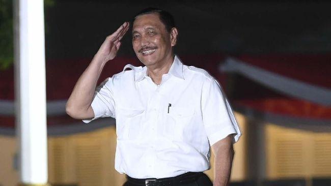 Luhut Binsar Pandjaitan tercatat tiga kali merangkap tugas menteri sejak 2014 di kabinet Jokowi, termasuk ad interim menteri KP menggantikan Edhy Prabowo.