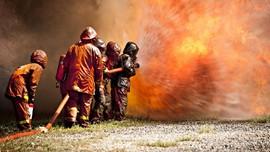 Gudang Mebel Jakbar Terbakar, Kerugian Diduga Rp1 M