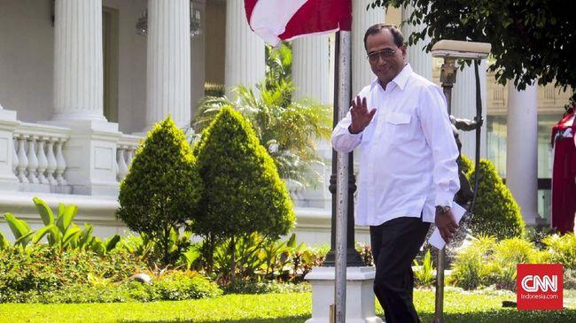 Budi Karya Sumadi kembali ditunjuk Presiden Joko Widodo menduduki jabatan sebagai Menteri Perhubungan dalam Kabinet Kerja Indonesia Maju.
