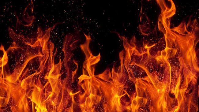 Direktur Mayapada Hospital Benny H Tumbelaka menyatakan walau ada kebakaran pasien dan keluarga serta karyawan aman.