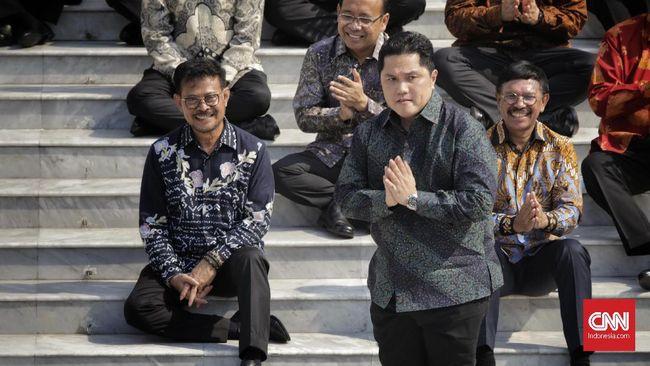 Menteri BUMN Erick Thohir meminta Jokowi memberikan tiga wakil menteri untuknya guna mengurusi perusahaan pelat merah yang jumlahnya mencapai 142.