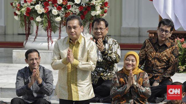 Menteri Perdagangan Agus Suparmanto saat pengumuman jajaran menteri Kabinet Indonesia Maju di tangga beranda Istana Merdeka, Jakarta, Rabu (23/10/2019). (CNN Indonesia/Adhi Wicaksono)