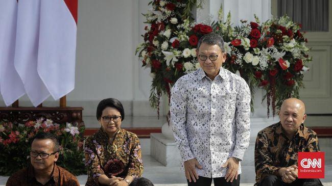Menteri ESDM Arifin Tasrif mengaku mendapat titipan dari Presiden Jokowi untuk membantu menekan defisit neraca perdagangan dari sektor migas.