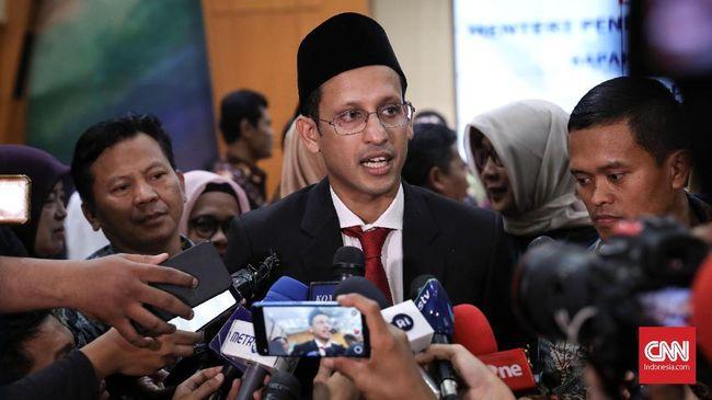 Mendikbud Nadiem Makarim mengatakan skema pembayaran SPP via Gopay dilakukan sekolah swasta, sehingga bukan urusan Kemendikbud.