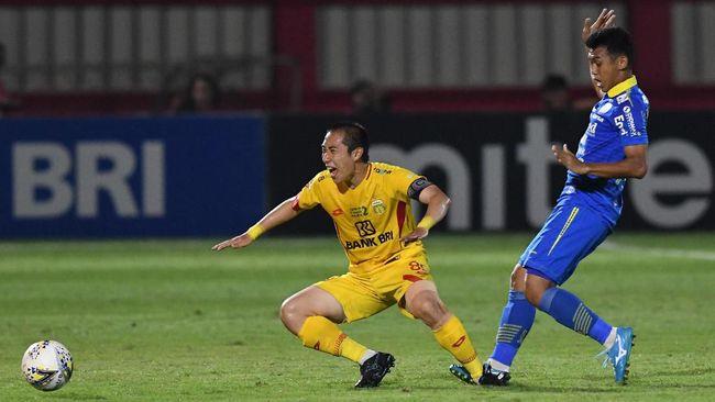 Persib Bandung harus puas bermain imbang tanpa gol saat menjamu Barito Putera pada lanjutan Liga 1 2019, Minggu (24/11) sore.