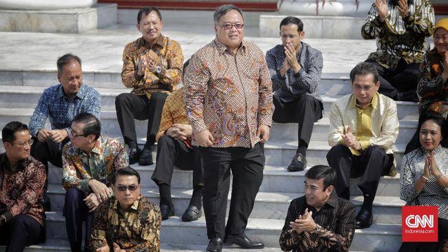 Menristek Bambang Brodjonegoro meminta maaf kepada para pegawainya di Badan Riset dan Inovasi Nasional (BRIN) karena selama setahun tak punya status yang jelas.
