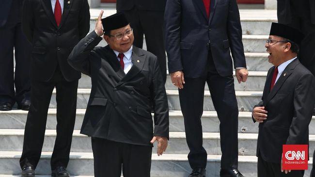 Sementara itu penilaian terhadap kinerja Kabinet Indonesia Maju sebesar 6,19 berbanding terbalik dengan kinerja Presiden Jokowi yang mendapat skor 7,07.