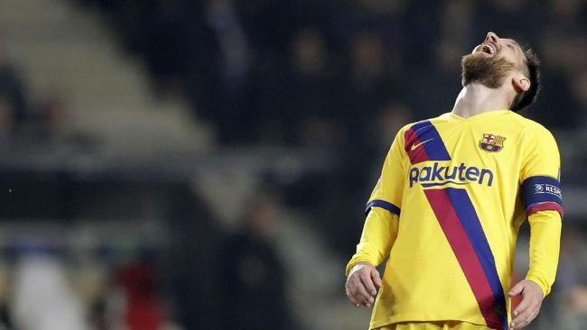 Performa Barcelona terus merosot dalam beberapa laga terakhir, termasuk saat ditahan imbang Slavia Praha 0-0 di fase grup Liga Champions.