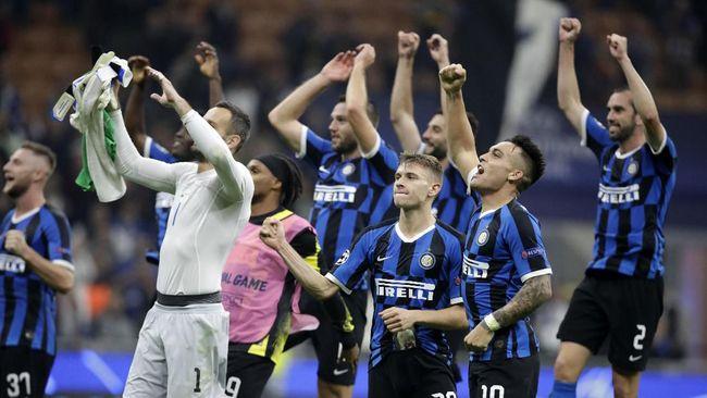 Inter Milan memiliki momen tepat untuk menyalip Juventus di klasemen Liga Italia saat bersua rival sekota, AC Milan.