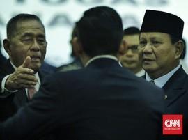 Salat Jumat di Kemenhan, Prabowo Diteriaki 'Presiden'