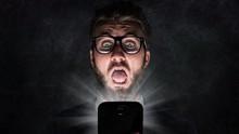 WA GB dan 6 Aplikasi WhatsApp Ilegal yang Berbahaya